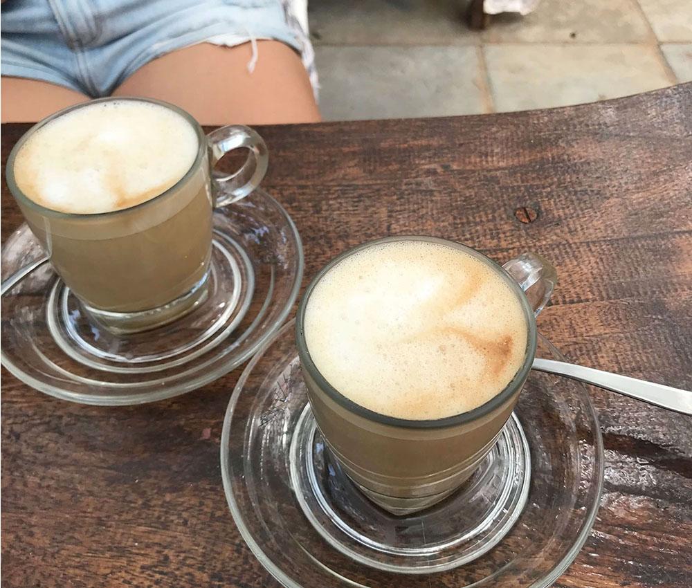 Kaffee und Regelschmerzen
