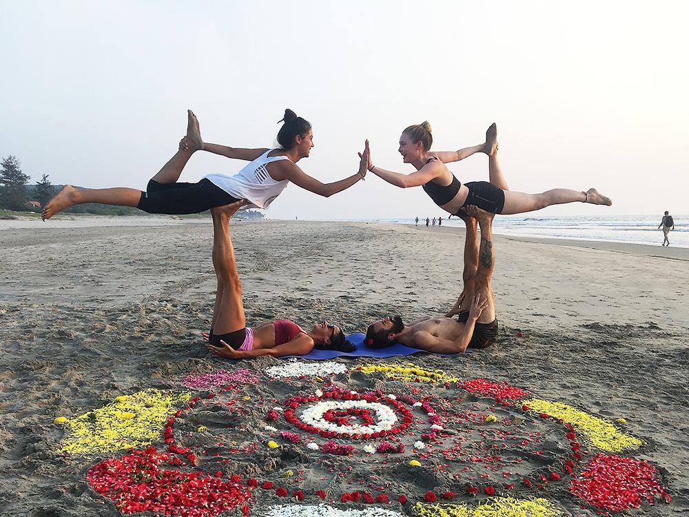 Yoga Indien Female Empowerment